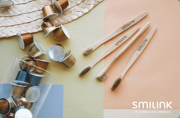 Escovas de dentes de bambu smilink