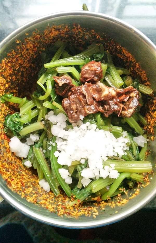 sinach chutney recipe