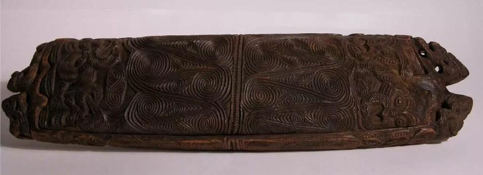 Papahou Feather Box, New Zealand