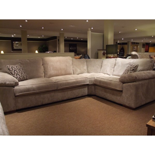 Clearance corner sofa for Sofas divatto outlet