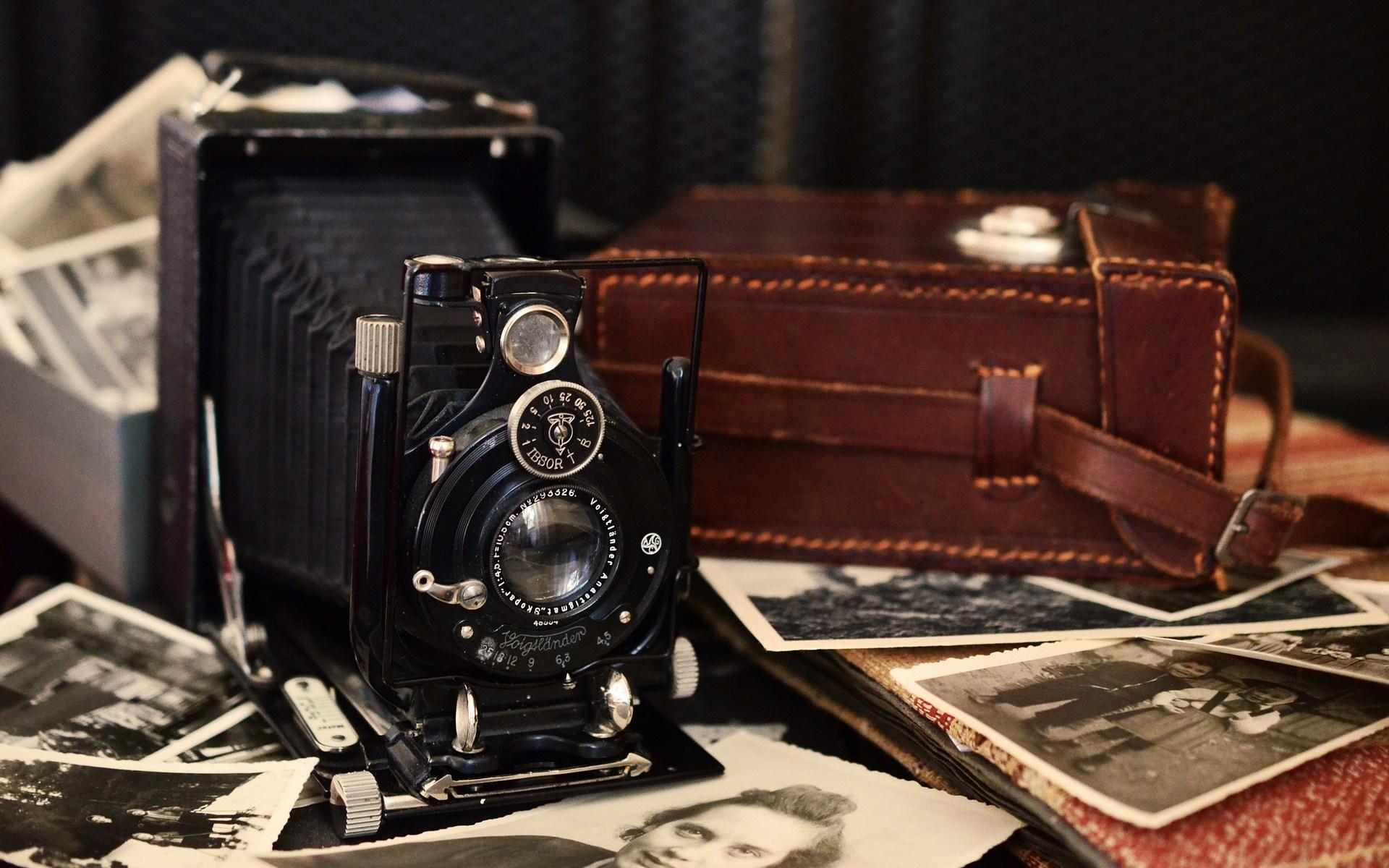 Camera stock photo from Pixabay