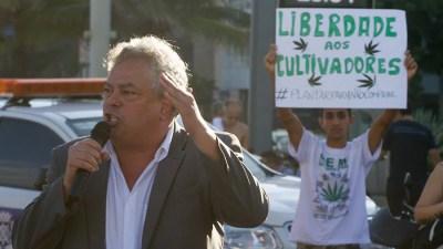 liberdade cultivadores andre barros smokebuddies phill whizzman CRIME ORGANIZADO PELO ESTADO