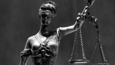 temis dama da justica STJ concede prisão domiciliar a acusado de tráfico de drogas em tratamento contra câncer
