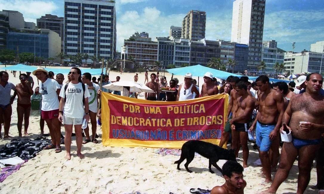 x2015 810412080 96 01115 02.jpg 20150720.jpg.pagespeed.ic .RQXD2EpiQ5 A maconha no Brasil: uma breve história do legal ao ilegal