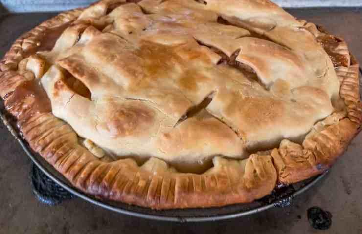 Smoke Apple Pie Recipe - Pellet Smoker Dessert Recipe