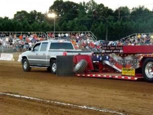 truck pull b