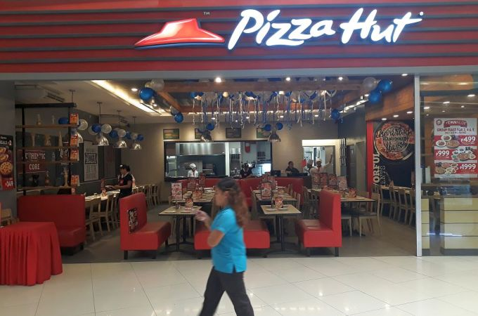 Pizza Hut SM Seaside City Cebu, Cebu City, Philippines