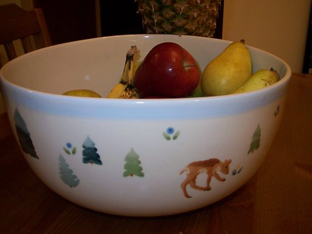 Cute fruit bowl