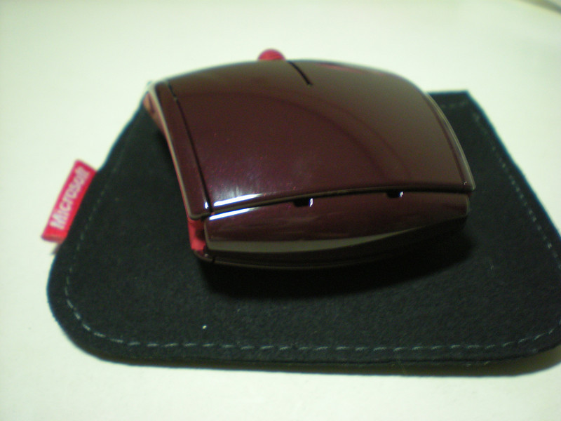 Microsoft Arc Mouse with Pouch 2