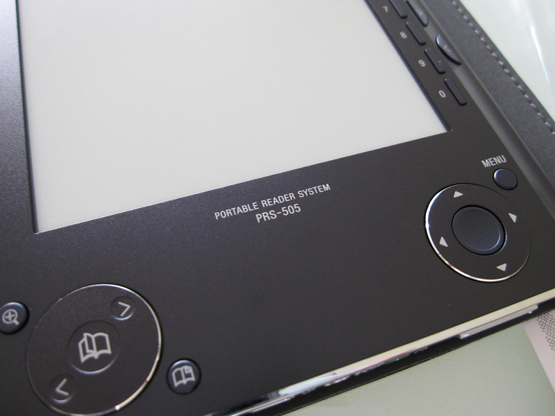Sony PRS505 Ebook Reader Close Up 1