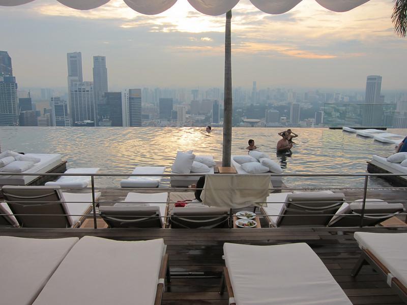 Marina Bay Sands Swimming Pool