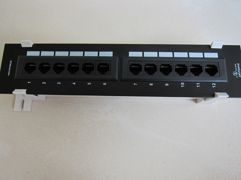 Monoprice Mini Patch Panel Cat6 110 Type 12 Ports