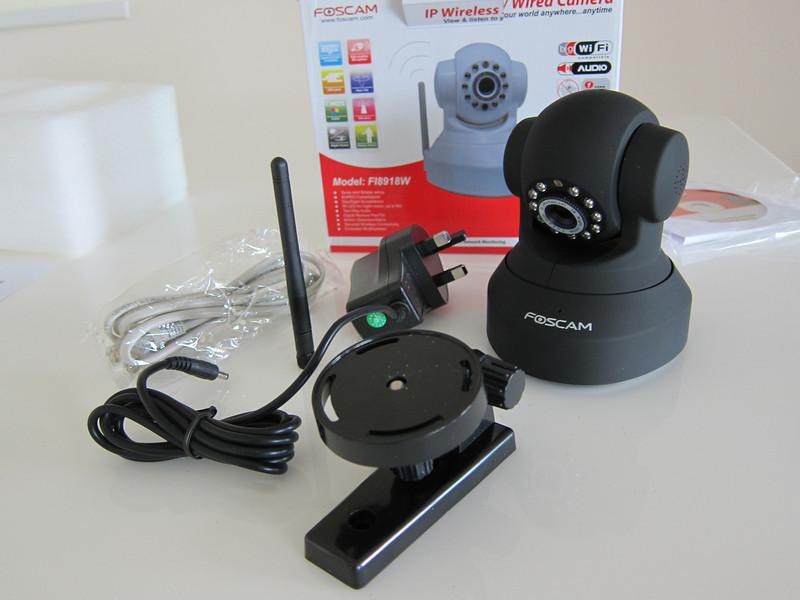 Foscam Wireless Pan/Tilt IP Camera
