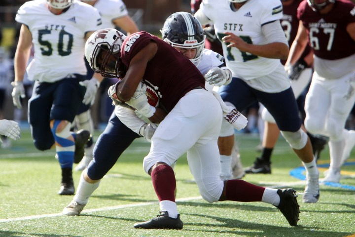 Saint Mary's drops final game to StfX