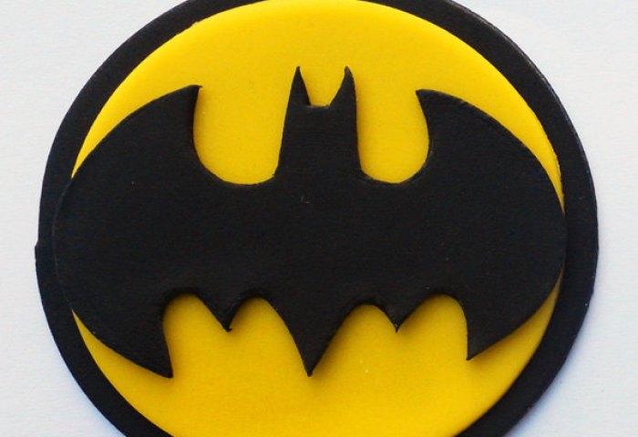 12 Batman Fondant Cupcakes Photo Batman Cupcake Toppers Batman