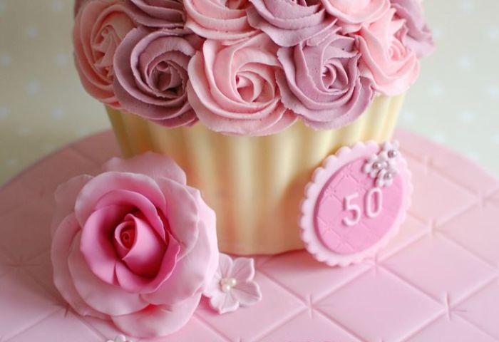 8 Ladies 50th Birthday Cakes Buttercream Photo Two Tier 50th