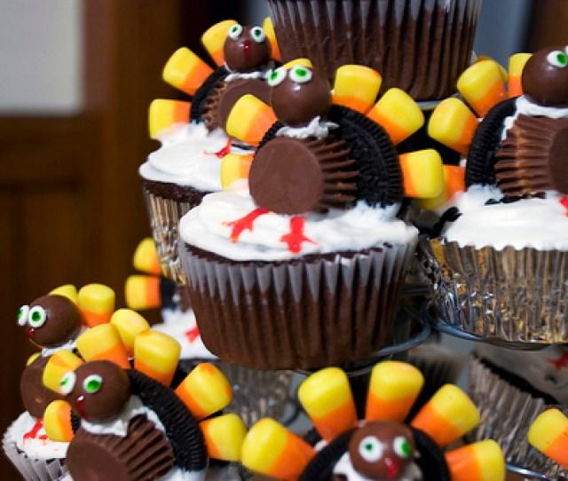 Thanksgiving Turkey Cupcakes With Oreos