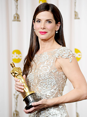 Image result for SANDRA BULLOCK AND HER OSCAR