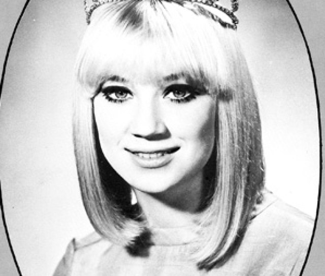 Sissy Spacek Senior Year Homecoming Queen At Texass Quitman High School In 1968