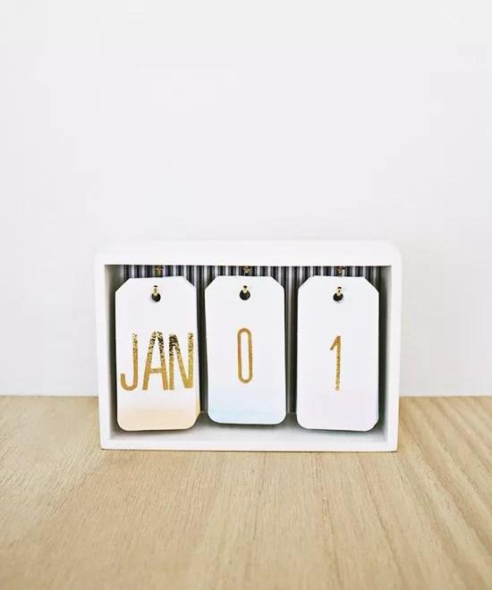 Calendario diy con caja de madera