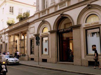 shopping a Milano