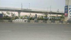 Road, Freeway, Airport, Terminal, Airport Terminal, Bridge, Building, Overpass, Transportation, Vehicle, Car, Automobile, Tarmac, Asphalt, Architecture