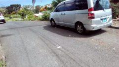 Automobile, Car, Vehicle, Bus, Minibus, Van, Spoke, Tire, Wheel, Alloy Wheel, Car Wheel, Road, Caravan, Shorts, Tar