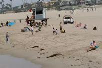 Building, People, Water, Vehicle, Housing, Ocean, Sea, Shoreline, Road, Vacation, Sand, Town, City, Waterfront, Dock