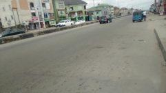 Road, Automobile, Car, Vehicle, Wheel, Street, Building, City, Town, Freeway, Truck, Tire, Bus, Path, Alloy Wheel