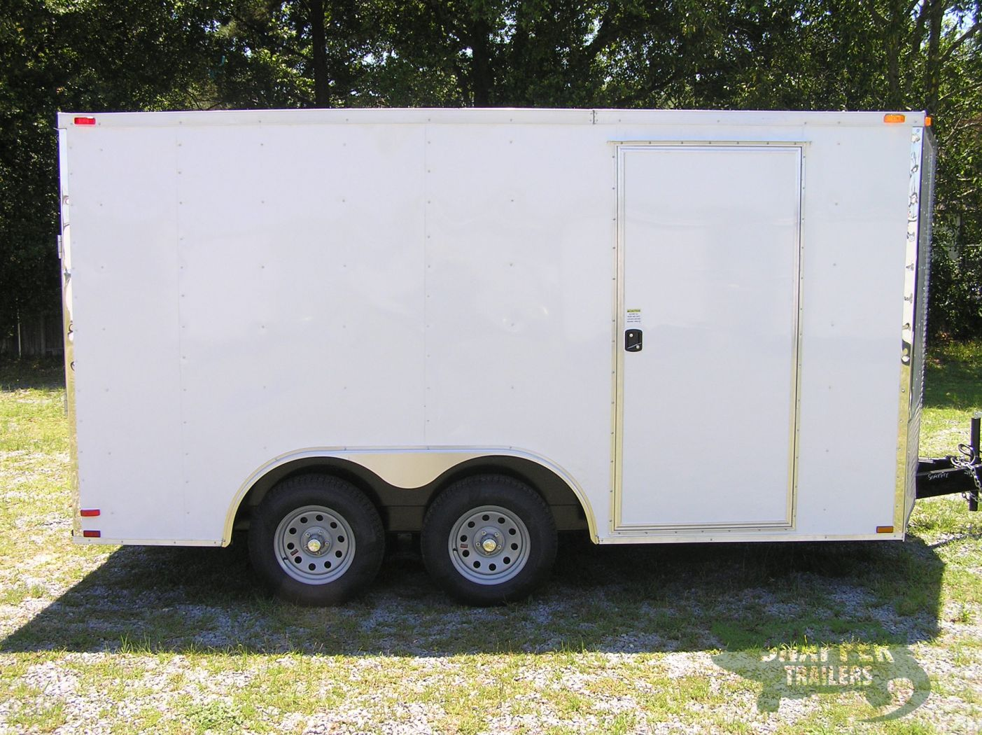 D And D Trailers >> 8 5x14 Ta Trailer White Ramp Side Door And D Rings Snapper Trailers