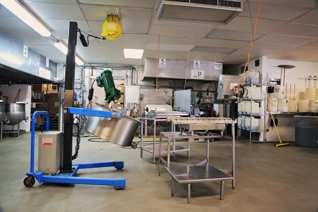 Aplets and cotlets factory inside