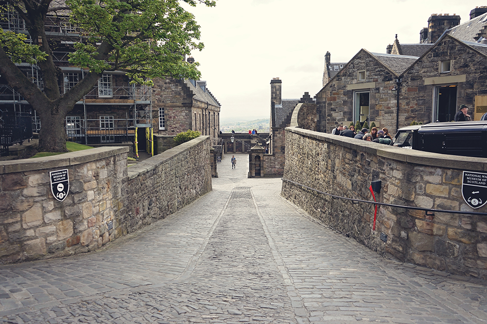 Edinburgh castle grounds
