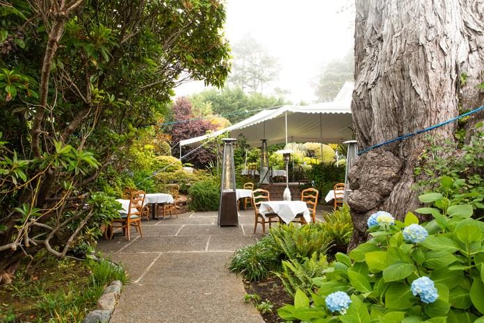 Little River Inn_Outdoor Garden Dining