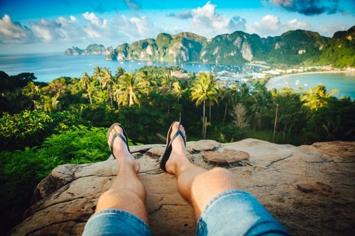 Image of flip flop sandals in thai