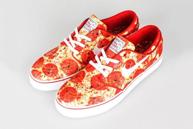 Skate Mental x Nike SB Zoom Stefan Janoski pizza, izé cipő