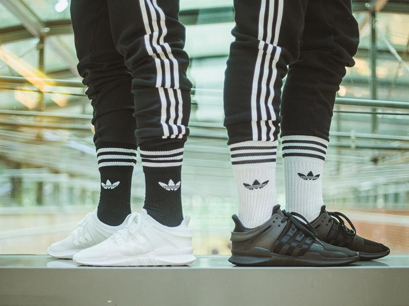 adidas háromcsíkos melegítő és 'Trefoil' zokni
