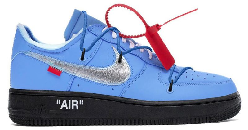 Mintha 2 cipőt látnánk egybe öntve