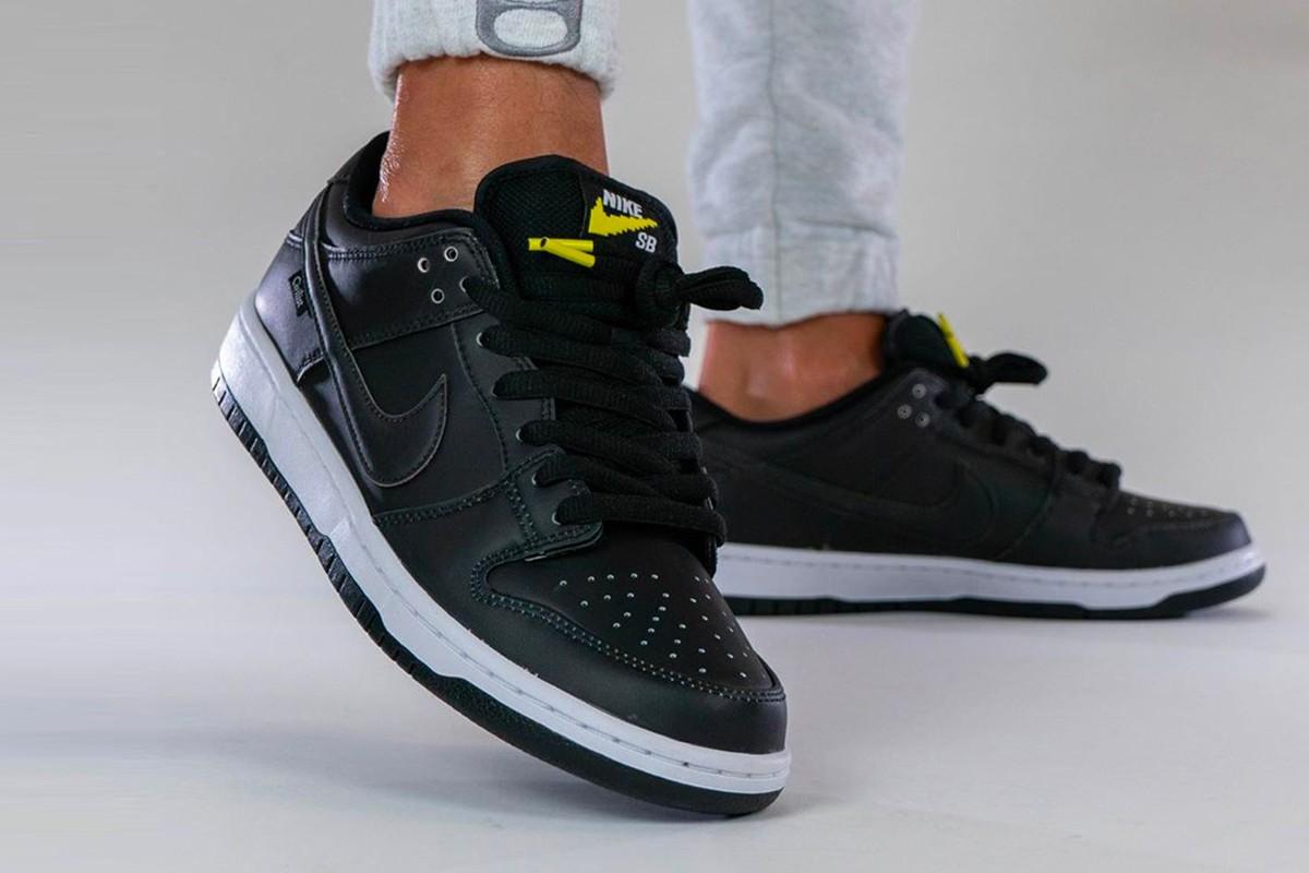 Nike SB Dunk (BLACK/MULTI-COLOR-WHITE)