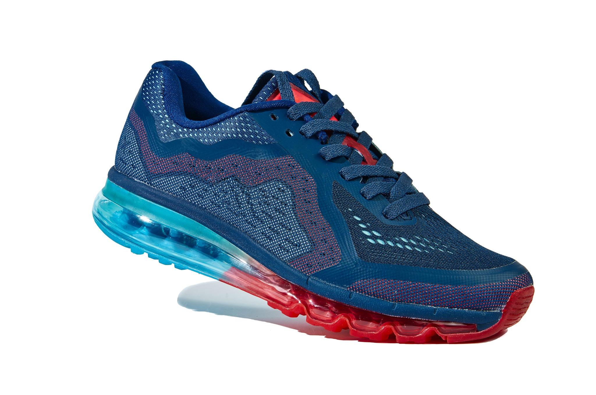 fiesta carga Lidiar con  Cómo se fabrican las zapatillas Nike? Construcción de montado en frío - How  Shoes are Made: The Sneaker Factory