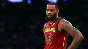 bee4206d5231 What The Cavaliers Can Do To Keep LeBron James