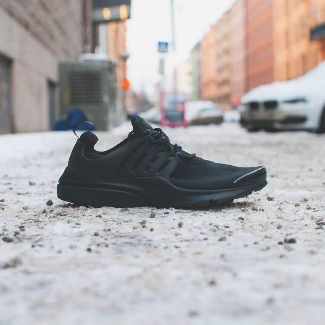 sepatu sneakers, gambar sepatu, model sepatu terbaru, harga sepatu, online shop sepatu, sepatu keren, sepatu laki laki, koleksi sepatu, sneaker wedges, sepatu online shop, sepatu online original, sneakers original, toko online sepatu, sepatu sneakers murah, gambar sepatu terbaru, jual sneakers, sepatu nike