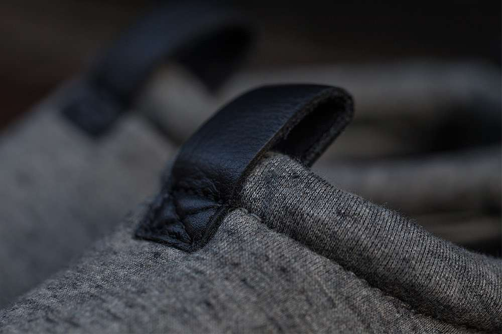 Nike-Air-Moc-Tech-Fleece-5