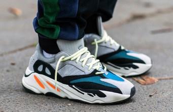 Adidas Yeezy Boost 700
