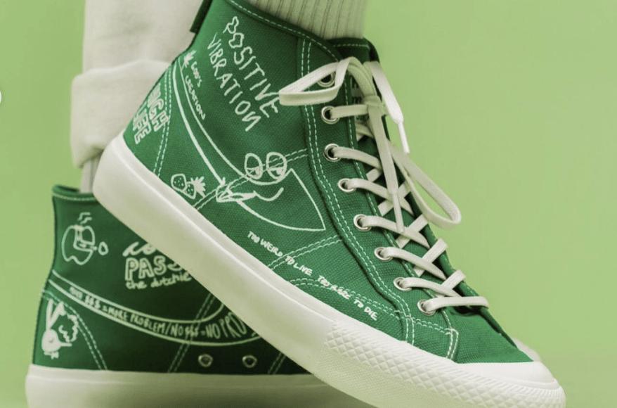 Gambar Sepatu Compass x PotMeetsPop