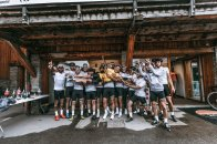 Homenaje a Perico de Le Coq Sportif