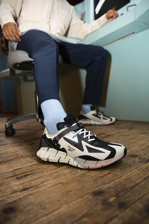 2 - Reebok I Love Sneakers