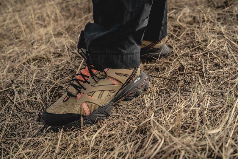 Reebok x Eastlogue DMX Trail Shadow