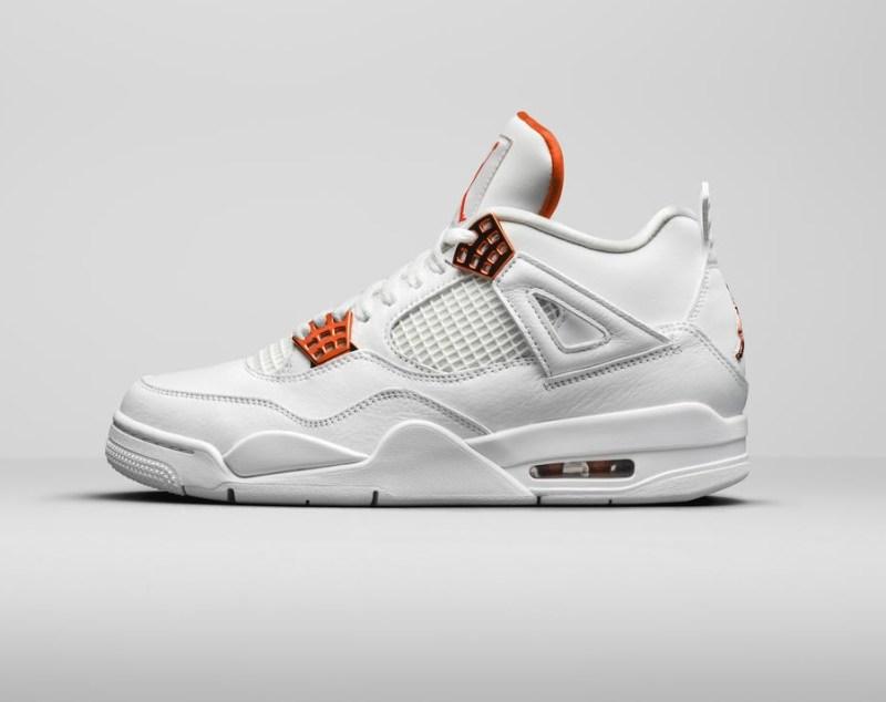 Air Jordan 4 Team Orange