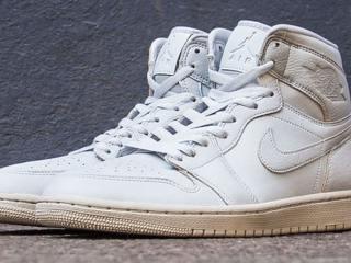 Nike Air Jordan 1 Retro High Premium « Pure Platinum »