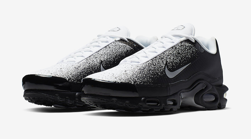 new product 71fe1 25c8c Nike Air Max Plus TN SE   Black White
